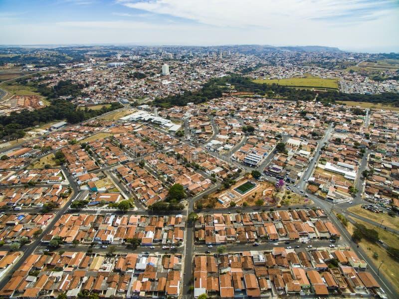 Mismo pequeña ciudad en Sao Paulo, el Brasil Suramérica foto de archivo