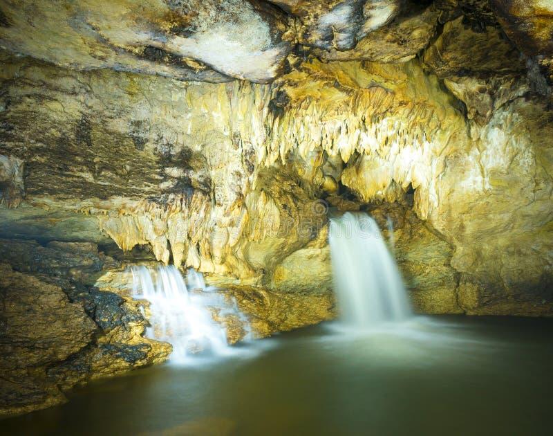 Misol Ha瀑布墨西哥洞  图库摄影