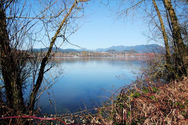Missão e Fraser River imagem de stock royalty free