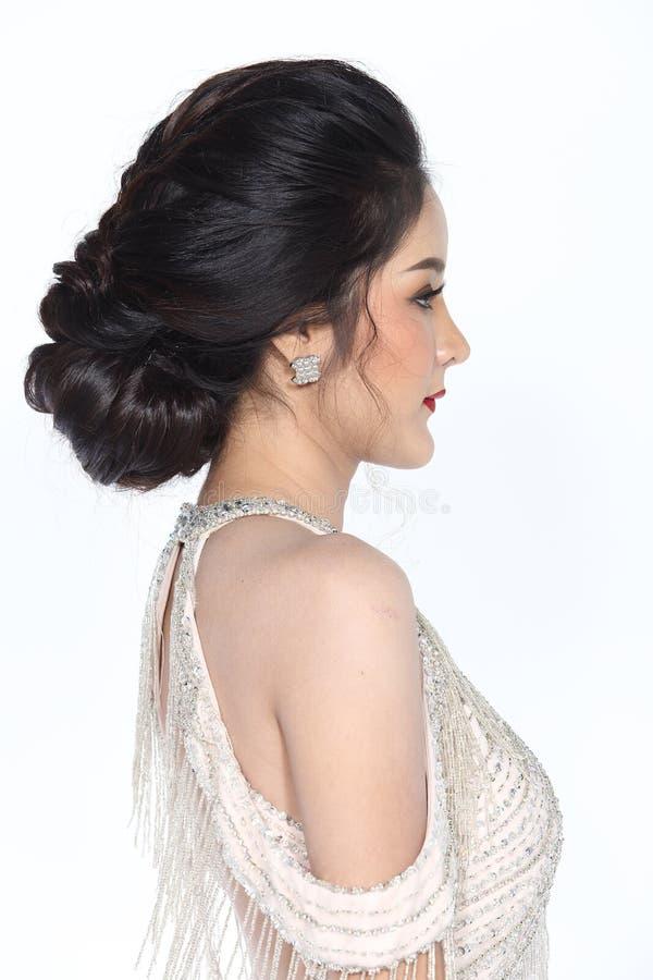 Miss Pageant Contest i klänning för boll för aftonbollkappa lång med D royaltyfria foton