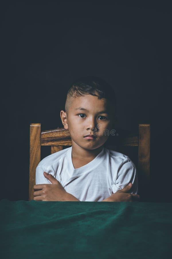 missbrukat barn royaltyfri fotografi
