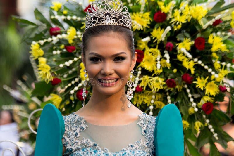 Misser Philippines, Binibining Pilipinas sluit zich aan bij Santacruzan in Manilla stock fotografie