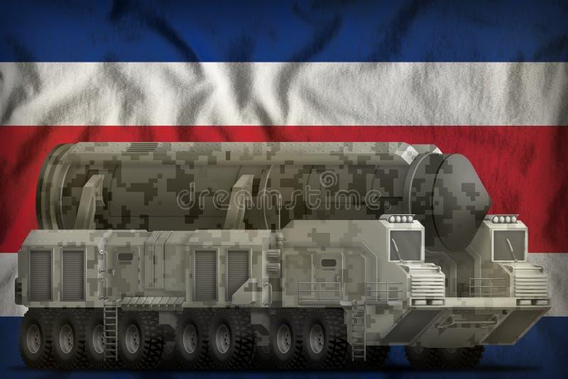 Missile balistique intercontinental avec le camouflage de ville sur le fond de drapeau national de Costa Rica illustration 3D illustration libre de droits