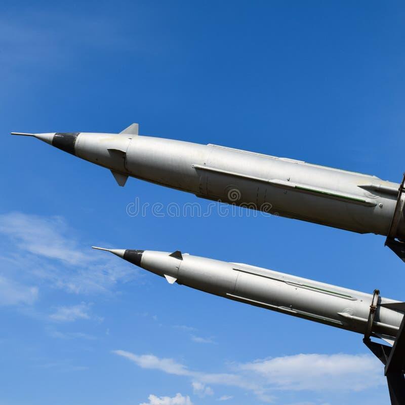 Missiles de défense aérien image stock