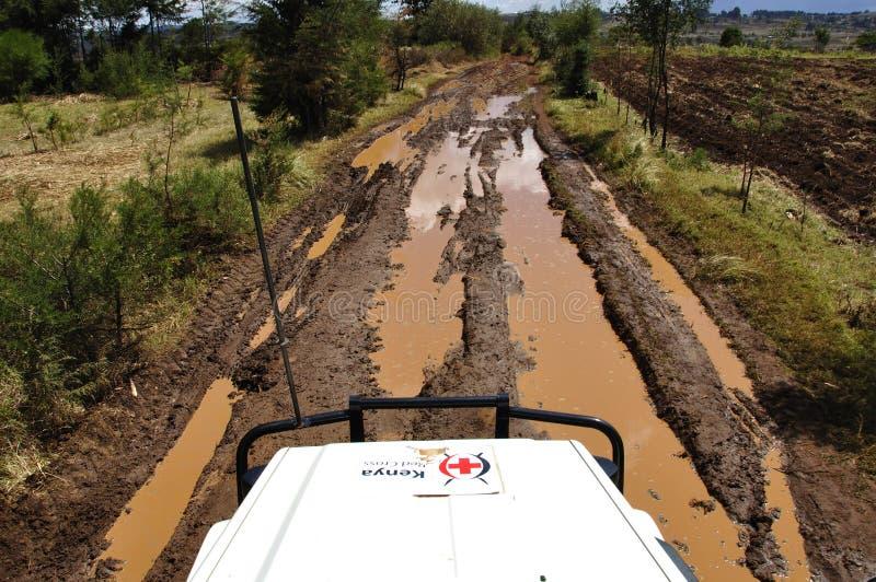 Mission Eldoret de Croix-Rouge du Kenya : Routes sales et parfois sang photographie stock