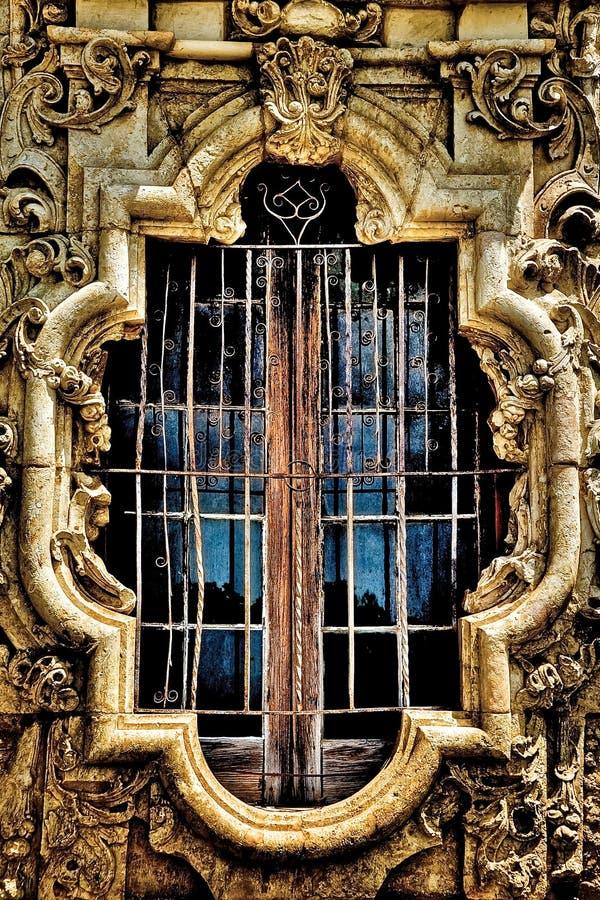 Free Mission San Jose Window And Stonework Royalty Free Stock Photos - 70787128