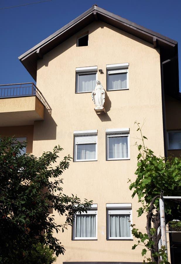 Missionari della Camera di carità della Madre Teresa benedetta di Calcutta a Skopje immagine stock