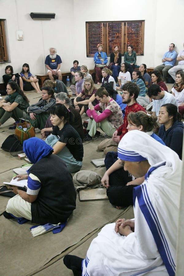 Missionari di carità di Madre Teresa a Massachussets nella Camera della madre, Calcutta fotografie stock libere da diritti