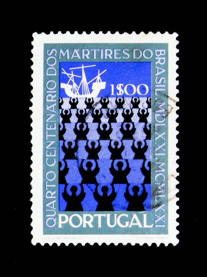Missionari e nave, 400th anniversario di martirio del Brasile immagini stock