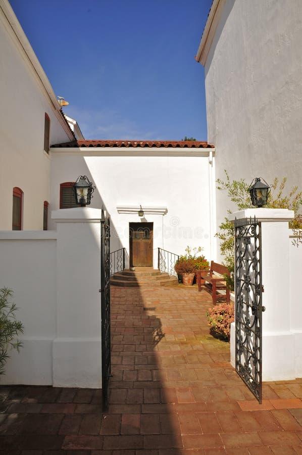 Missione San Luis Rey Courtyard immagine stock libera da diritti