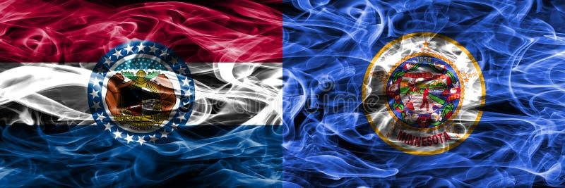 Missouri contra as bandeiras coloridas do fumo do conceito de Minnesota colocadas de lado a lado imagem de stock royalty free