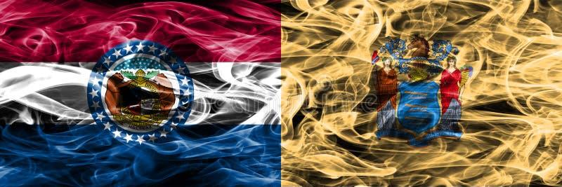 Missouri contra as bandeiras coloridas do fumo do conceito de New-jersey colocadas de lado a lado fotografia de stock royalty free