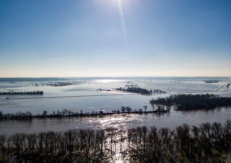 Missouri rzeka nad swój bankami w Iowa i Nebraska w 2019 fotografia stock