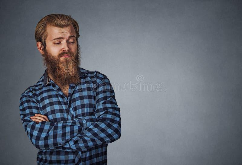 Misstrauischer skeptischer Mann lizenzfreie stockbilder