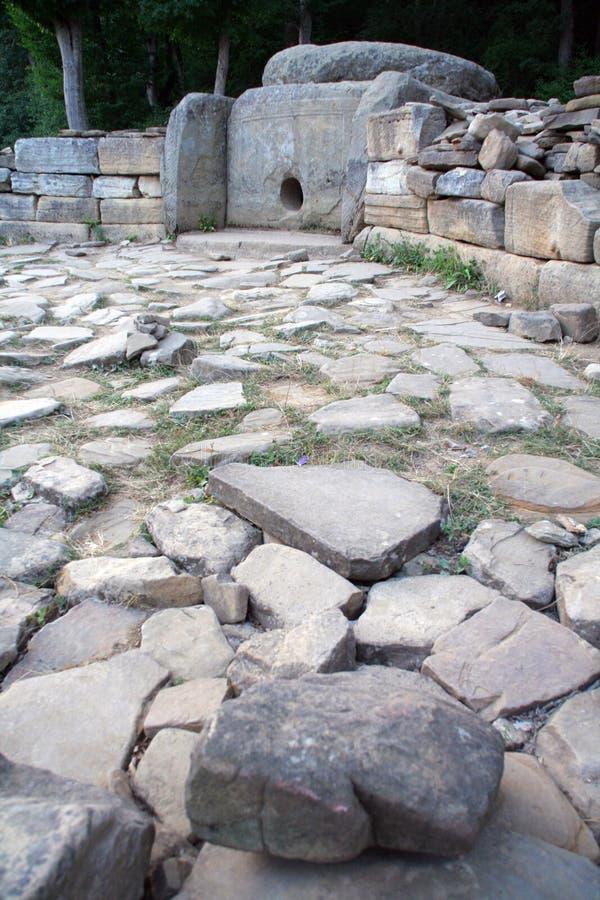 Mistero del Dolmen delle costruzioni antiche immagini stock libere da diritti