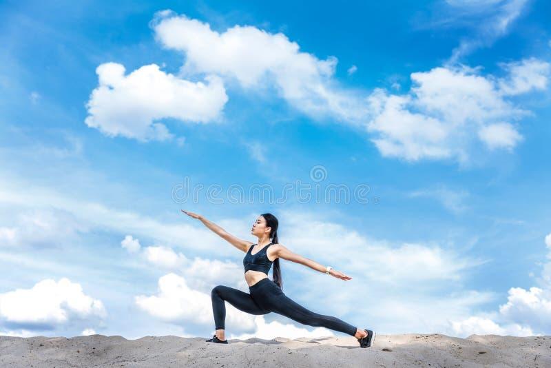 mistrzu jogi kobiety zdjęcia royalty free
