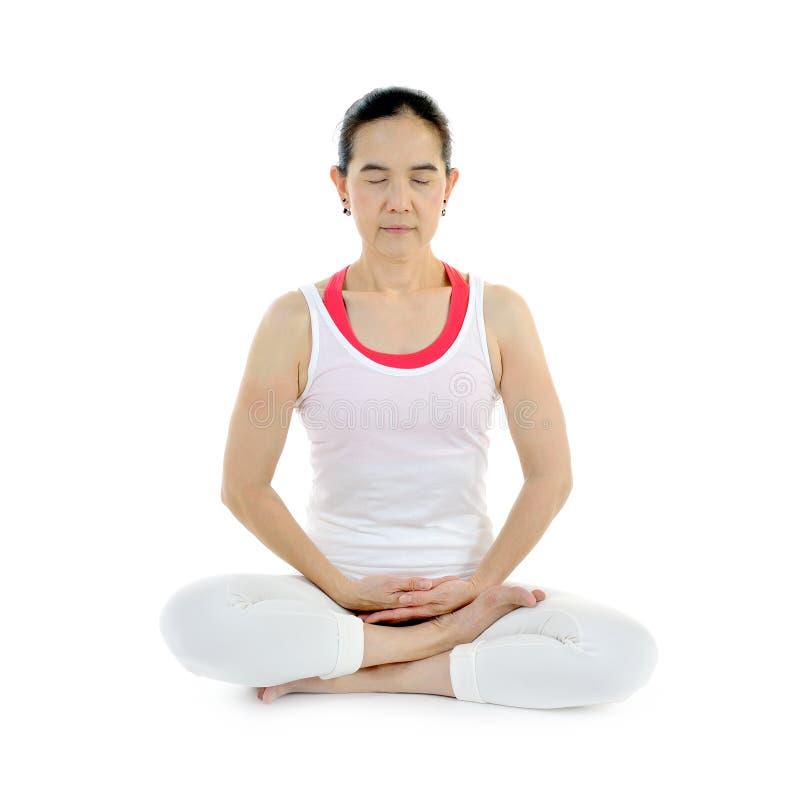 Download Mistrzu jogi kobiety obraz stock. Obraz złożonej z medytacja - 57661189