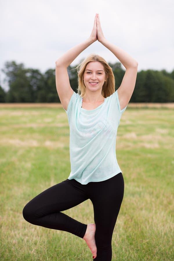 mistrzu jogi kobiety fotografia stock