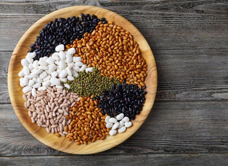 Mistura de feijões e de lentilhas imagens de stock royalty free