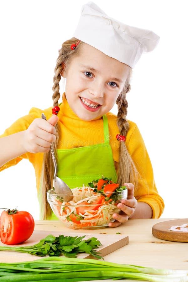 Mistura pequena do cozinheiro chefe a salada fotografia de stock royalty free