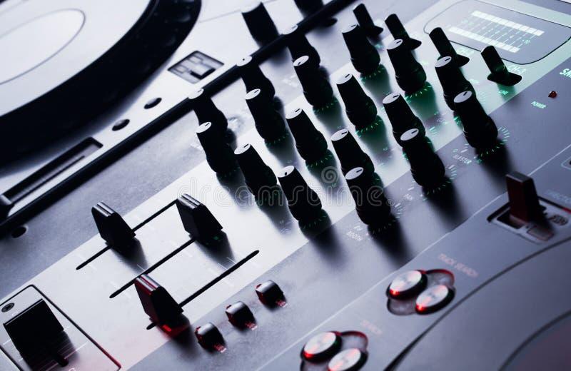 Misturador audio moderno, fim acima fotografia de stock royalty free