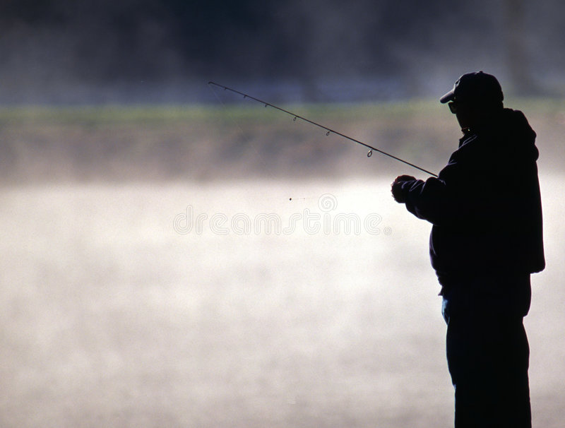 misty πέστροφα λιμνών ψαράδων στοκ εικόνα