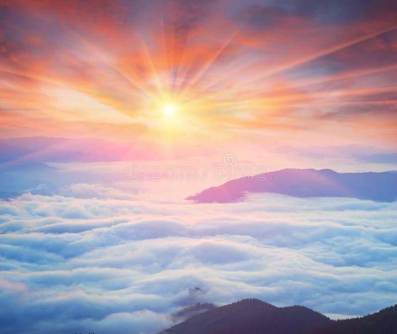 Misty Carpathian Sea imagem de stock royalty free
