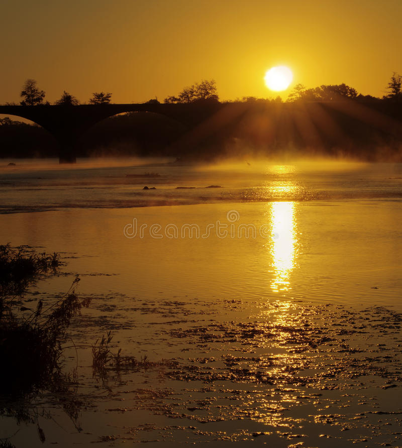 Download Misty Morning Royalty Free Stock Photography - Image: 27148947