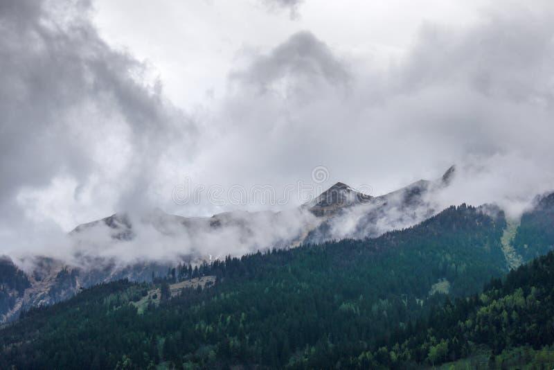Misty Mountain en Austria fotos de archivo libres de regalías