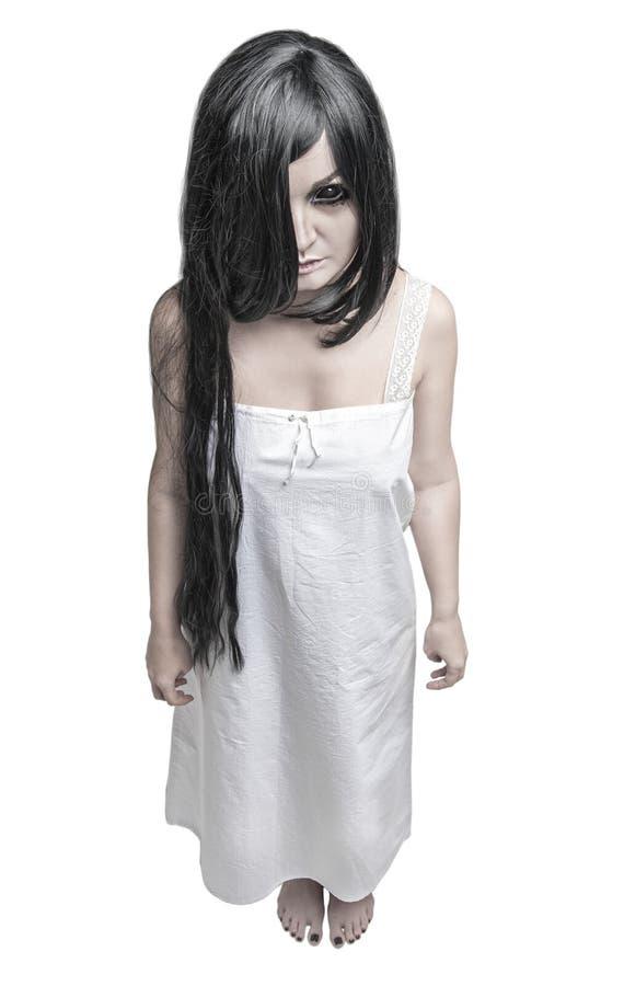 Mistyczna czarownicy kobieta patrzeje ciebie odizolowywał zdjęcie royalty free