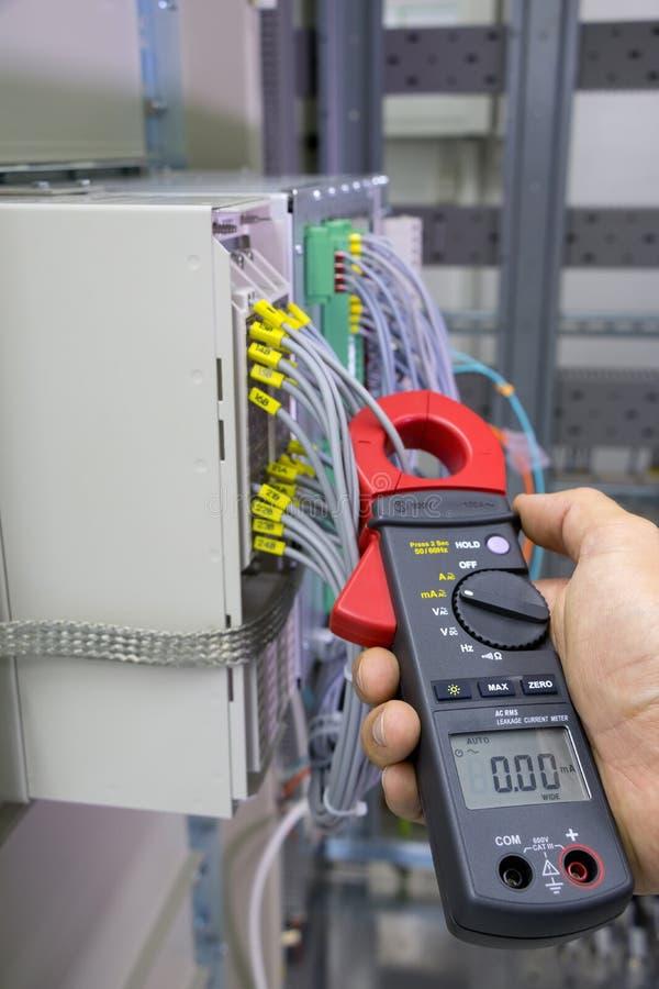 Misura della corrente elettrica immagini stock libere da diritti