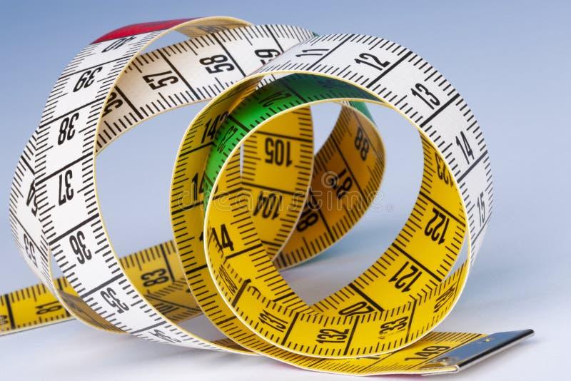 Misura nastro - Dieta fotografie stock libere da diritti
