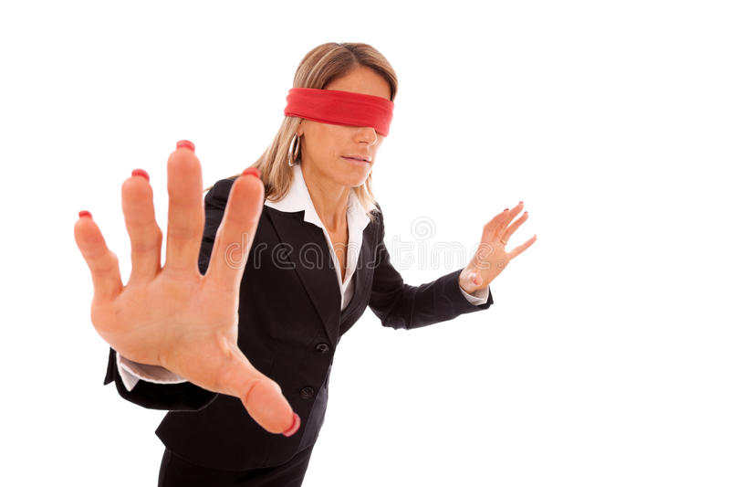 Mit verbundenen Augen Geschäftsfrau stockfoto