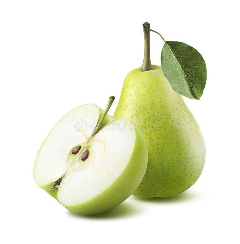 Mitad verde de la manzana de la pera aislada en el fondo blanco imágenes de archivo libres de regalías