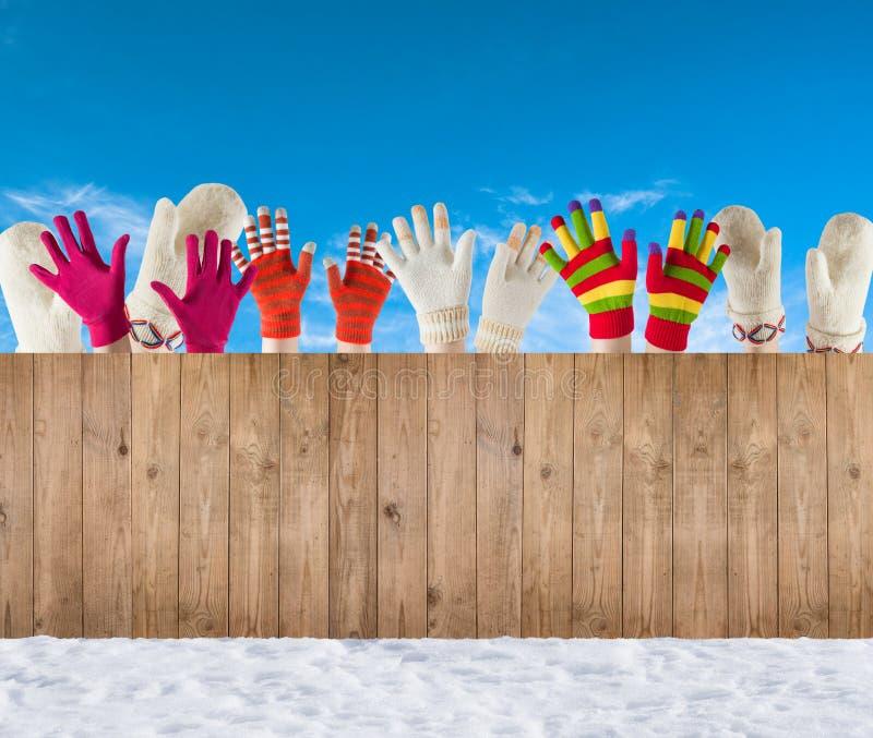 Mitenes e luvas do inverno fotos de stock