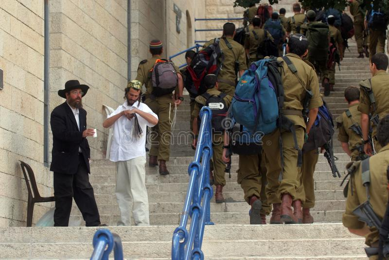 Mitglieder der israelischen Grenzpolizei in der alten Stadt, Jerusalem lizenzfreie stockfotos