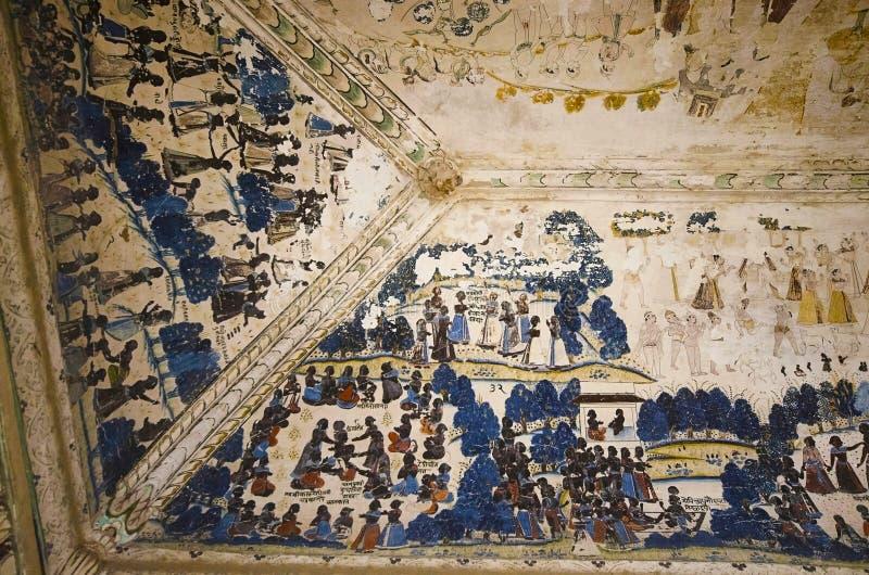 Mitologiczni obrazy na suficie Chhatri Maharaja Parikshat Datia Madhya Pradesh zdjęcia stock