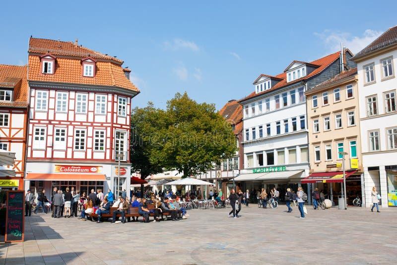 Mitt av Goettingen den gamla staden Huvudsaklig marknad royaltyfri bild