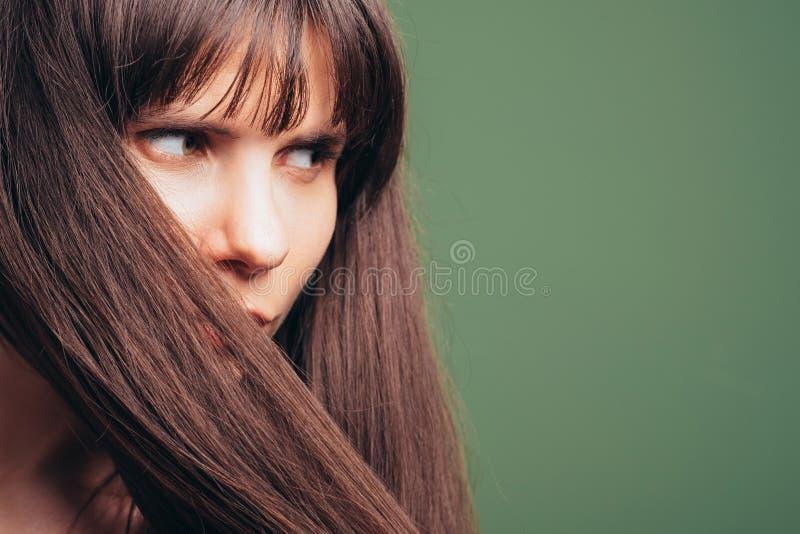 Mitt f?r wellness f?r produkter f?r h?rsk?nhetomsorg kosmetisk royaltyfri fotografi