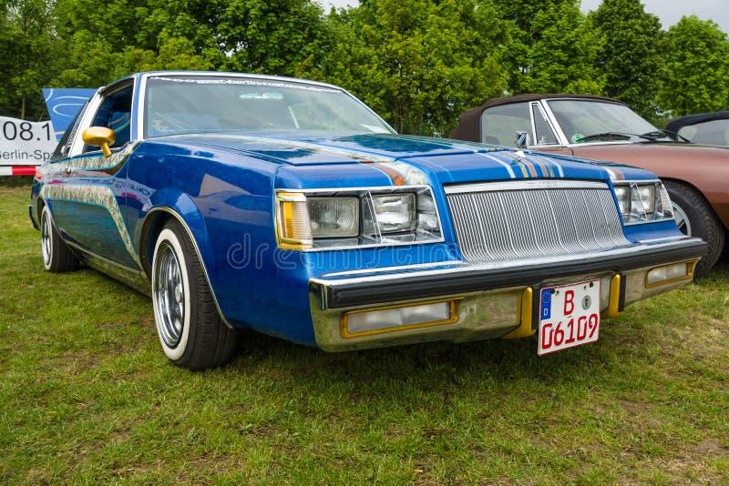 Mitt--format bil Buick Regal, 1984 royaltyfria foton