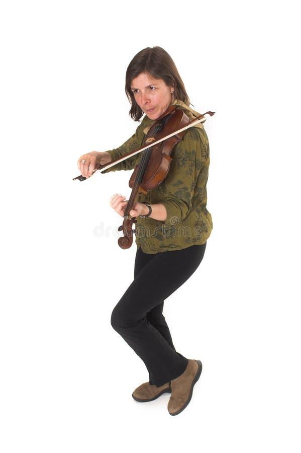 mitt- leka violonkvinna för ålder royaltyfria foton