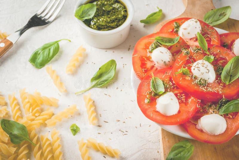 Mittagessen in der italienischen Art lizenzfreie stockbilder