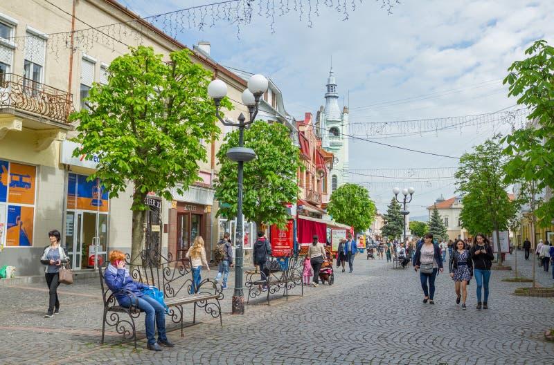 Mitte des cityl in Mukachevo, Ukraine lizenzfreies stockfoto