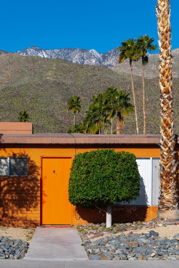 Mitte des Jahrhunderts Aparment-Palm Springs, Kalifornien lizenzfreie stockfotografie