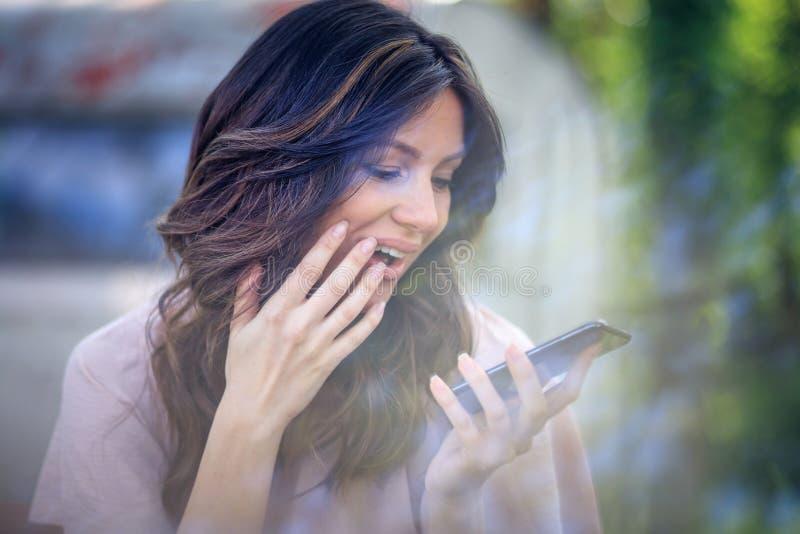 Mitteilung, die Sie Lächeln macht lizenzfreies stockbild