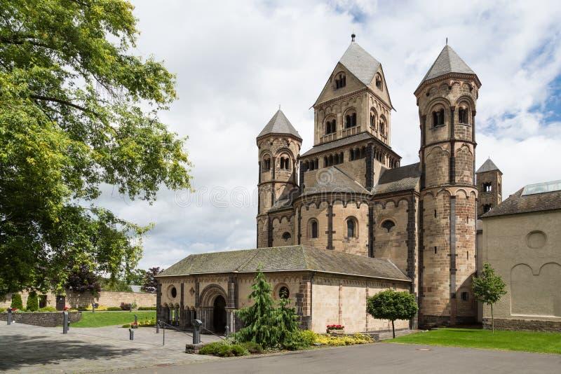 Mittelalterliche Benediktiner Abtei in Maria Laach, Deutschland lizenzfreie stockfotografie