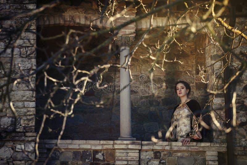 Mittelalterliche Frau lizenzfreies stockfoto