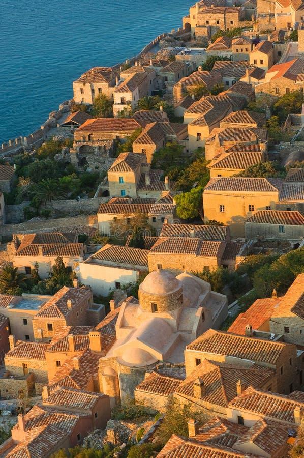 Mittelalterliche geummauerte Stadt von Monemvasia, Griechenland stockbild