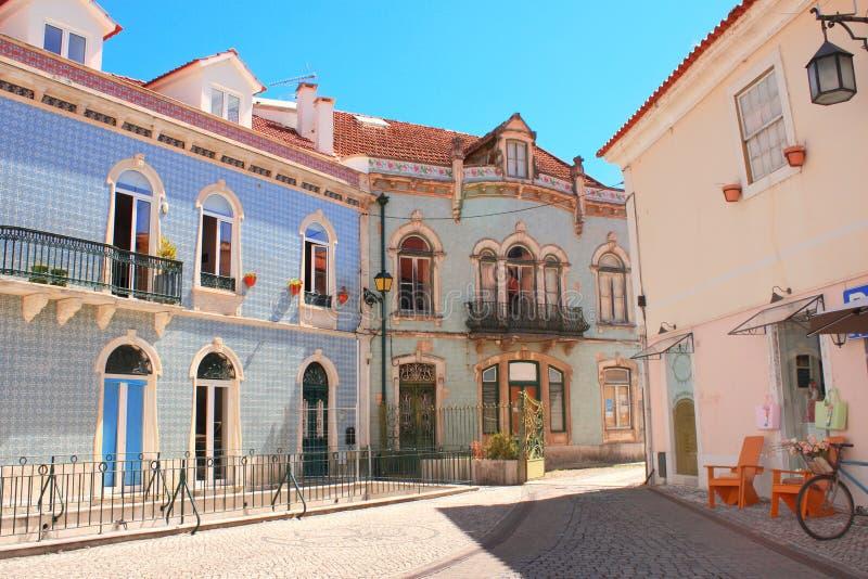 Mittelalterliche Häuser in Alcobaca, Portugal lizenzfreie stockbilder