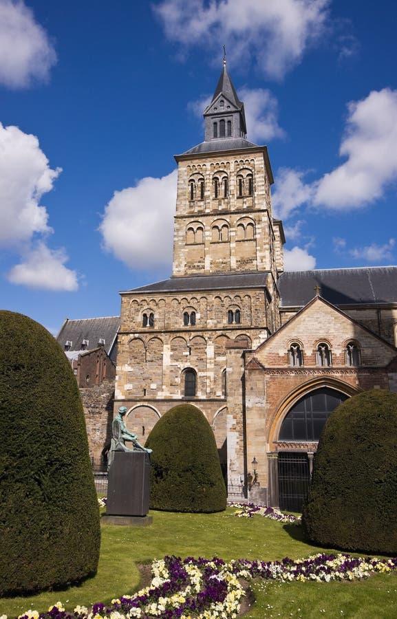 Mittelalterliche Kathedrale in Maastricht lizenzfreie stockbilder